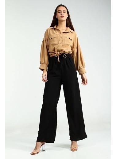 Collezione Siyah Yüksek Bel Kemer Detaylı Bol Paça Kadın Pantolon Siyah
